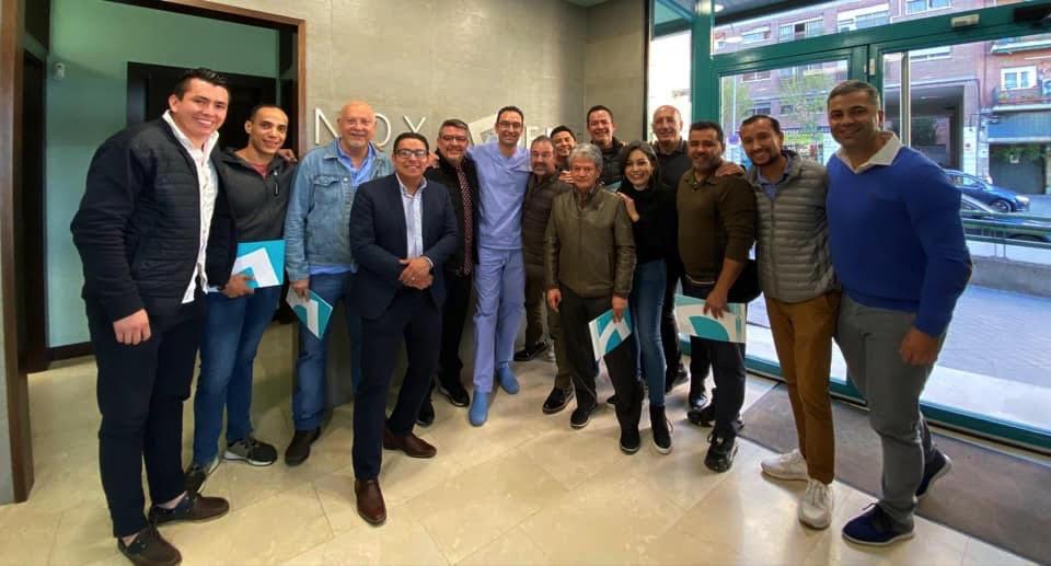 Excelente grupo venido desde México para asistir a nuestro curso impartido por el Dr.Alfonso García Pérez de 3 días intensivos. 14-15 y 16 de Octubre 2019.